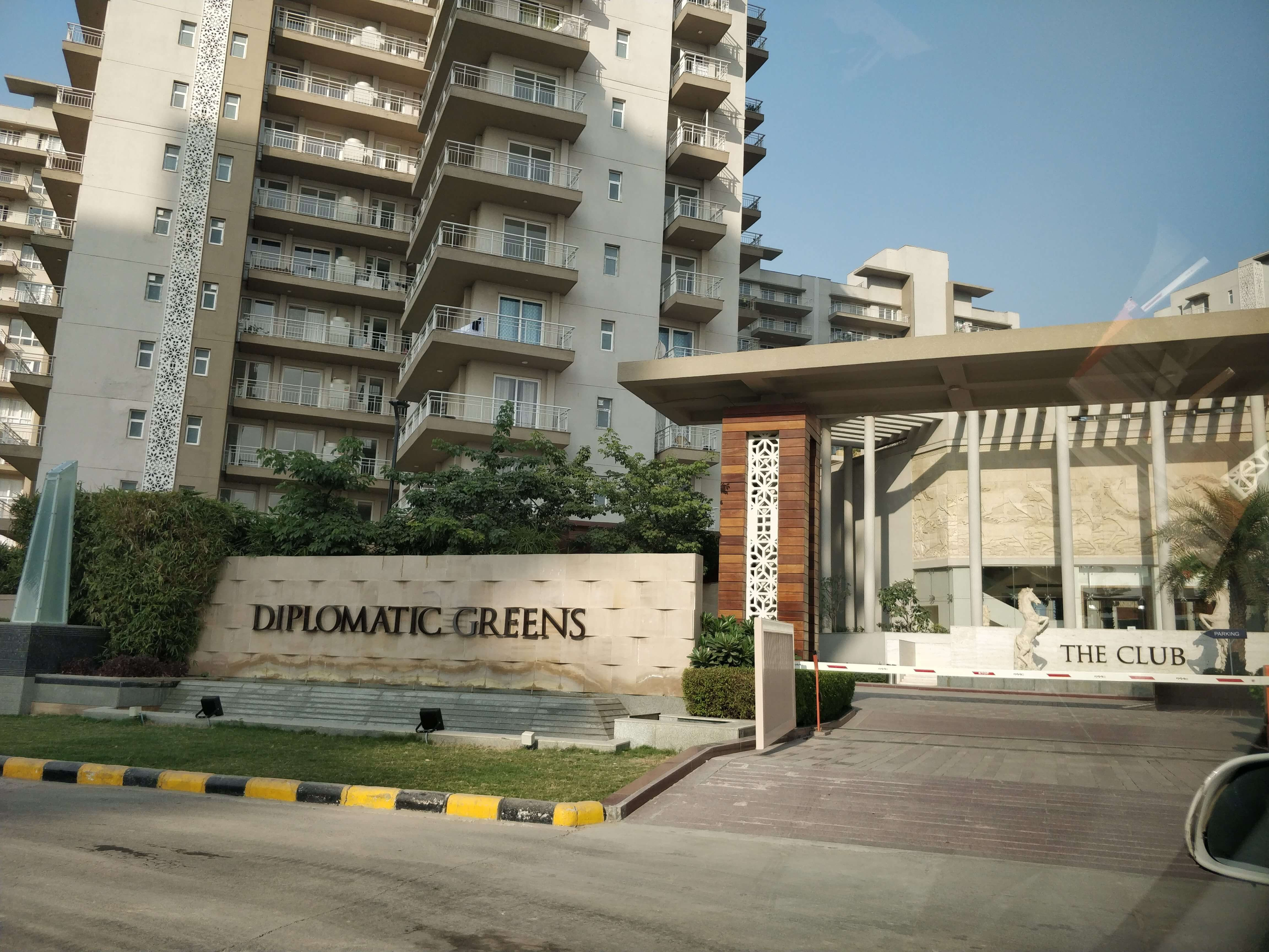 4 Bhk Apartments in Diplomatic Greens