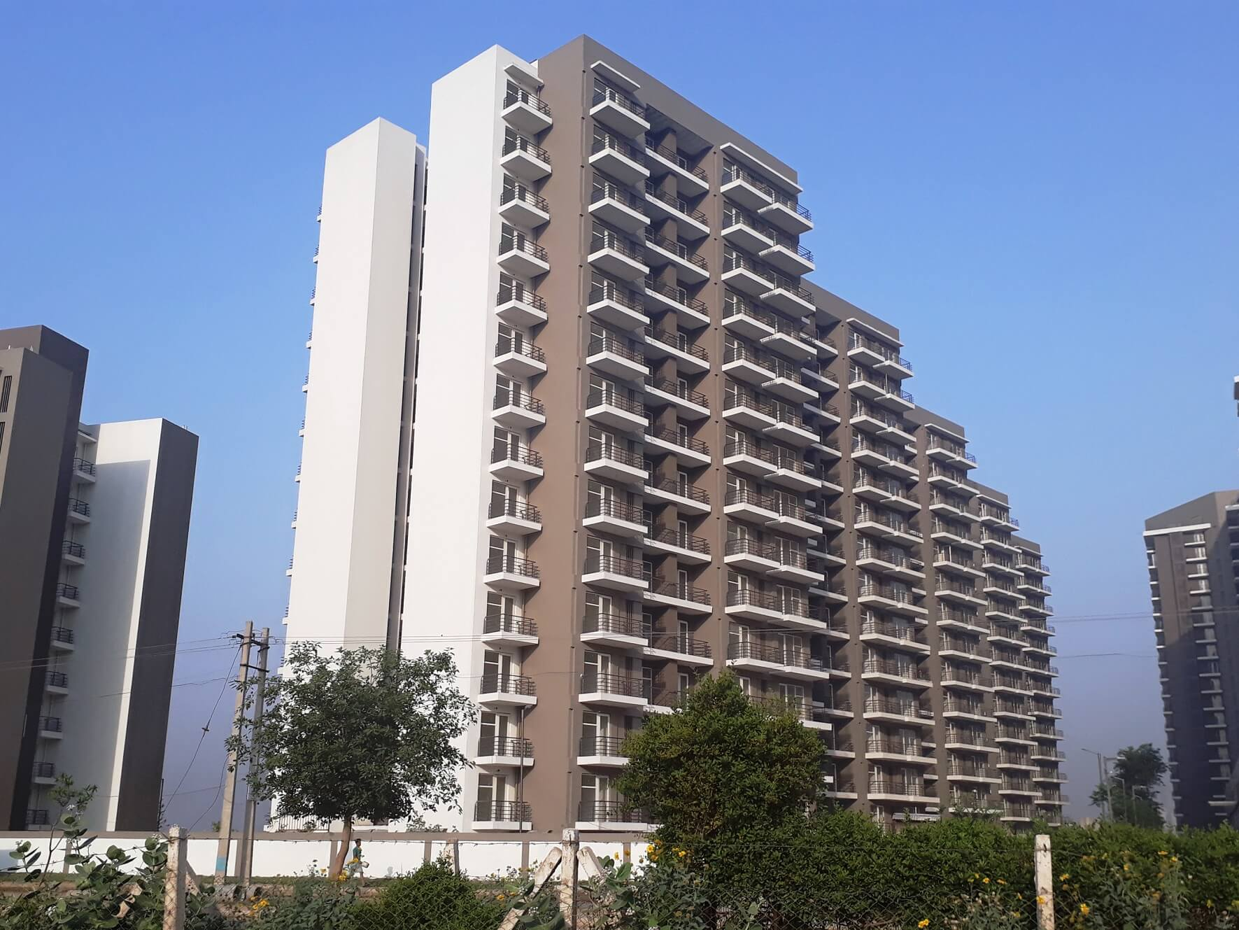 Dhoot Time residency apartment on rent