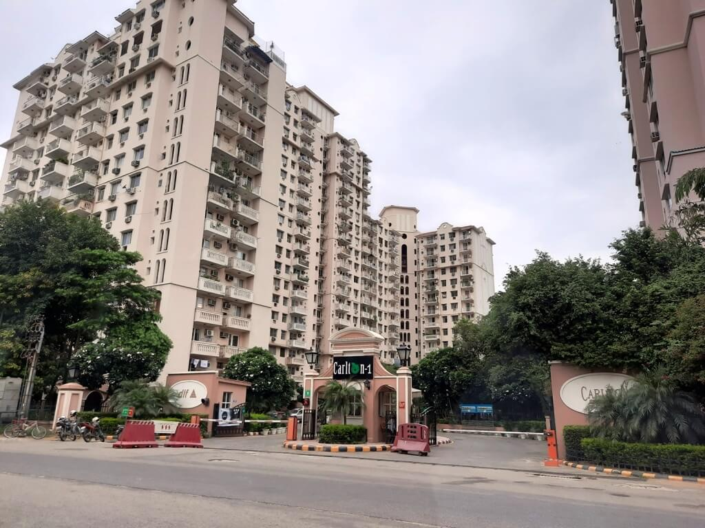 Dlf Carlton Estate