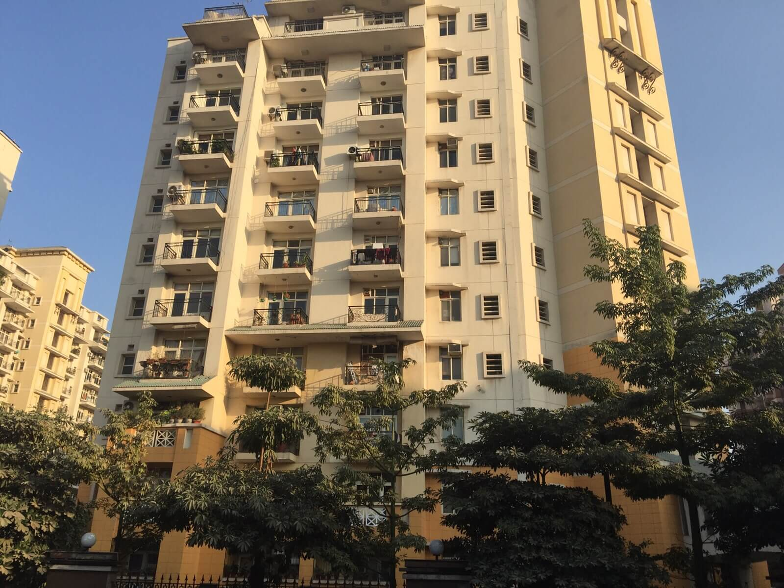 4 BHK Residential Apartment for rent in Sector 54 Gurgaon